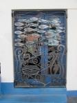 School of fish gate